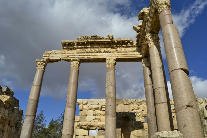 2018-12-libano-baalbek-gran-patio-04.jpeg