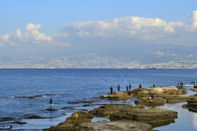 2018-12-libano-beirut-corniche-07-pescadores.jpeg