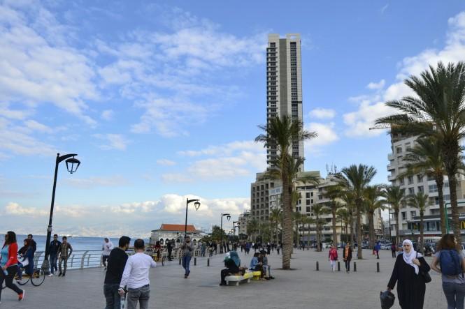 2018-12-libano-beirut-corniche-11-edificios.jpeg
