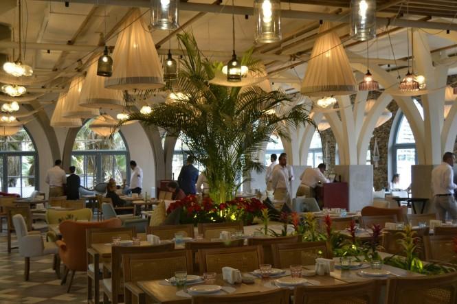 2018-12-libano-beirut-corniche-12-restaurante-la-plage.jpeg