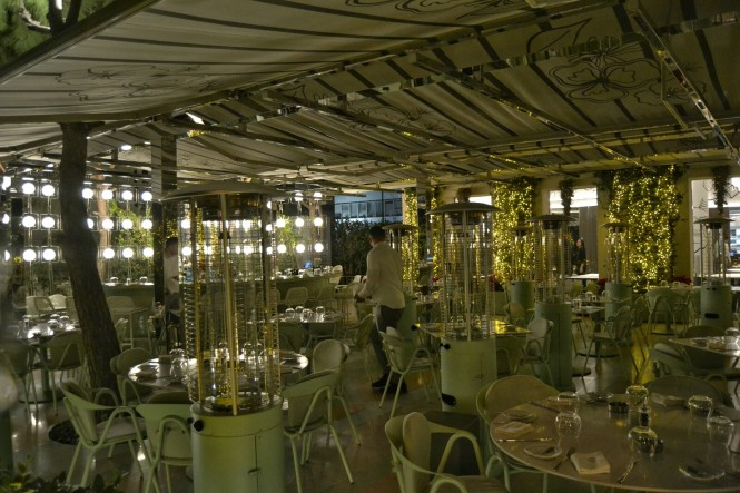 2018-12-libano-beirut-hamra-02-restaurante-ricos