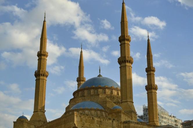 2018-12-libano-beirut-place-des-martyrs-03-mezquita-Mohammed-Al-Amin.jpeg