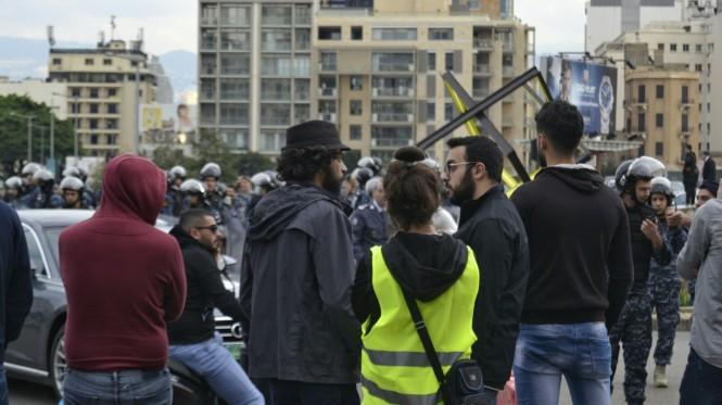 2018-12-libano-beirut-place-des-martyrs-18-manifestacion.jpeg