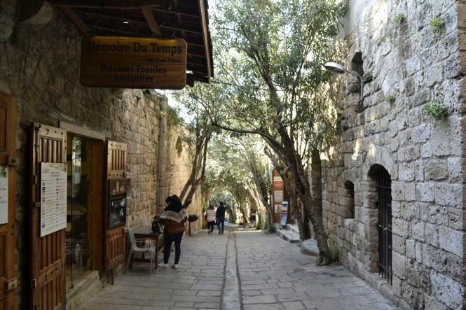 2018-12-libano-byblos-calles-1