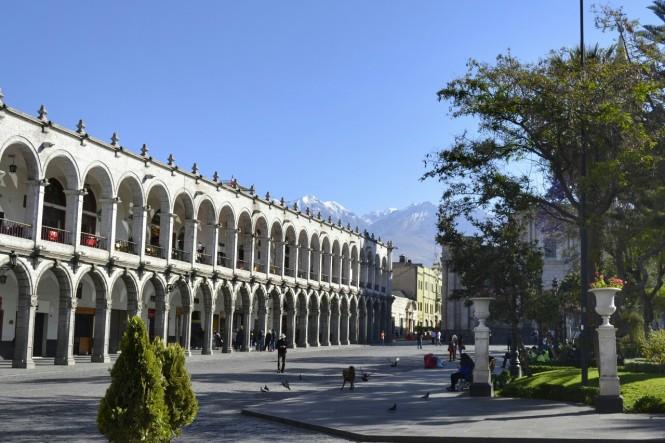 2019-08-peru-arequipa-plaza-mayor-3