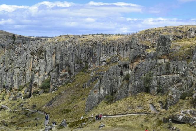 2019-08-peru-cajamarca-cumbe-mayo-11-bosque-piedra.jpeg
