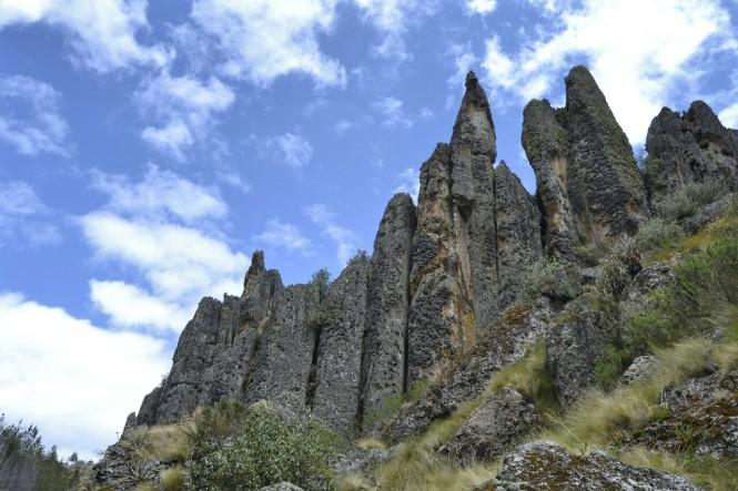2019-08-peru-cajamarca-cumbe-mayo-18-bosque-piedra-frailer.jpeg