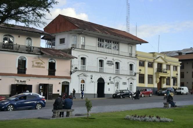 2019-08-peru-cajamarca-plaza-de-armas-3-hotel-casablanca.jpeg