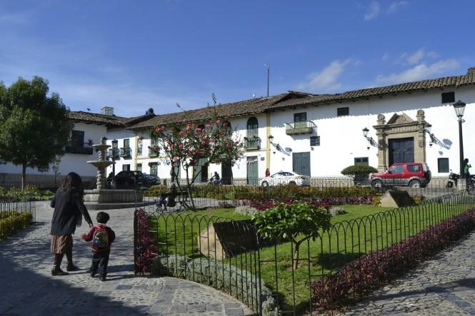 2019-08-peru-cajamarca-plazuela-belen-1
