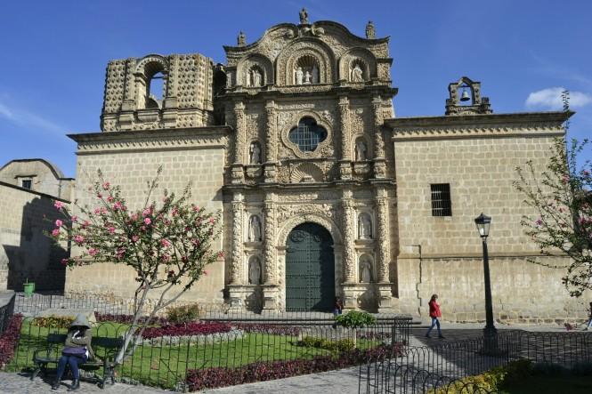 2019-08-peru-cajamarca-plazuela-belen-3-iglesia-belen.jpeg