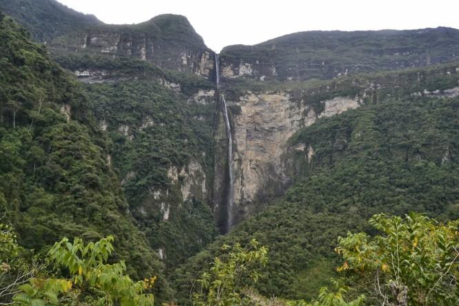 2019-08-peru-chachapoyas-gocta-15-descenso-mirador.jpeg