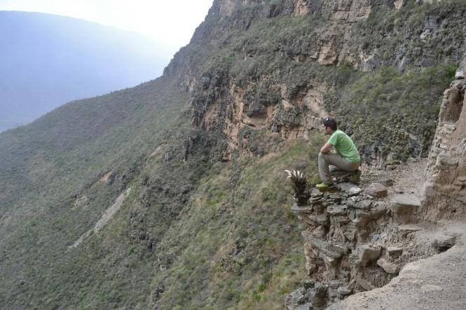 2019-08-peru-chachapoyas-pueblo-muertos-10.jpeg
