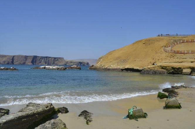 2019-08-peru-paracas-lagunillas-playa.jpeg