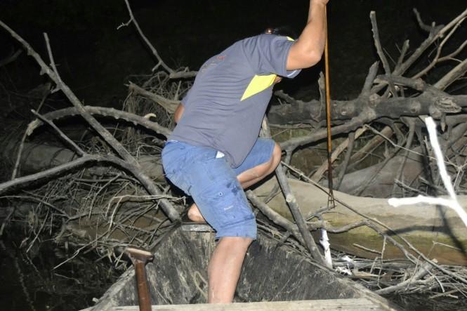2019-09-iquitos-pacaya-samiria-40-pesca-nocturna-oscar.jpeg