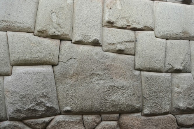2019-09-peru-cusco-11-barrio-san-blas-piedra-12-angulos