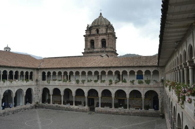 2019-09-peru-cusco-17-qorikancha