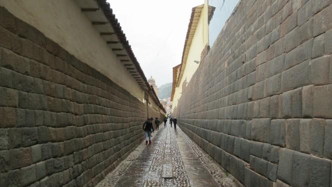 2019-09-peru-cusco-27-calles.jpeg