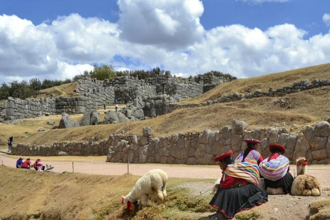 2019-09-peru-cusco-ruinas-saqsaywaman-01-murallas.jpeg