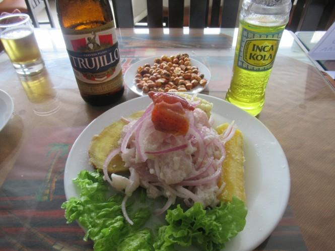 2019-09-peru-gastronomia-huanchaco-el-caribe-ceviche-ojo-de-uva
