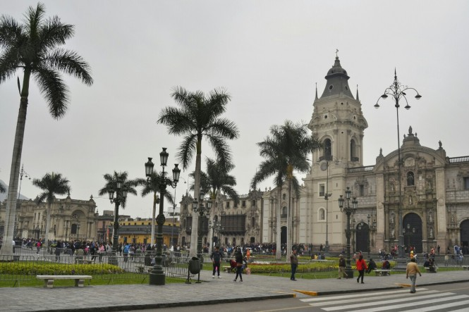2019-09-peru-lima-plaza-de-armas-1.jpeg