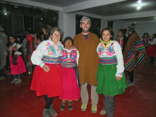 2019-09-peru-titicaca-isla-amantani-16-fiesta