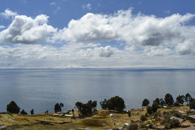 2019-09-peru-titicaca-isla-taquile-08-plaza