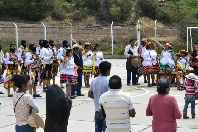 2019-09-peru-valle-sagrado-salineras-maras-11-hacia-tarabamba-pichingoto