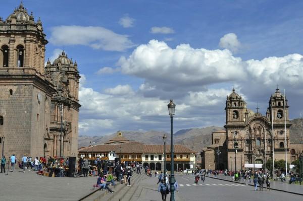 2019-09-peru-cusco-01-plaza-de-armas
