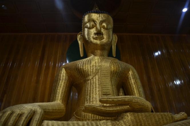 2019-10-myanmar-indawgyi-nammilaung-ni-paya-2