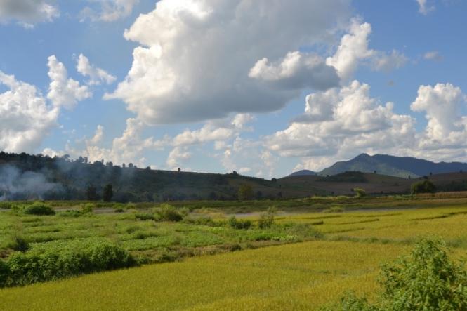 2019-10-myanmar-kyaukme-tren-17