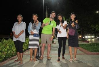 Mandalay - Haciendo Amigos