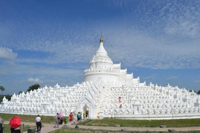 2019-10-myanmar-Mingun-Hsinbyume-Pagoda-2