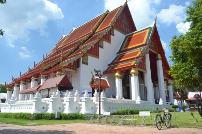 2019-10-tailandia-ayutthaya-phra-mongkhon-bophit-6