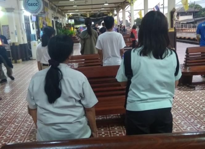 2019-10-tailandia-ayutthaya-tren-3