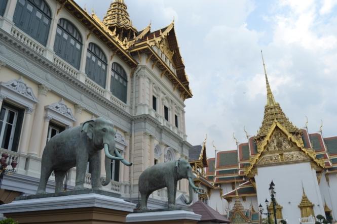 2019-10-tailandia-bangkok-gran-palacio-03-chakri-maha-prasat