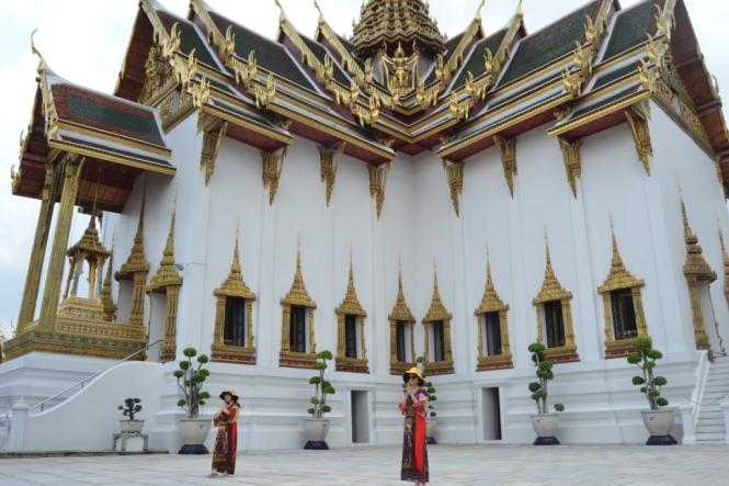 2019-10-tailandia-bangkok-gran-palacio-06-dusit-maha-prasat