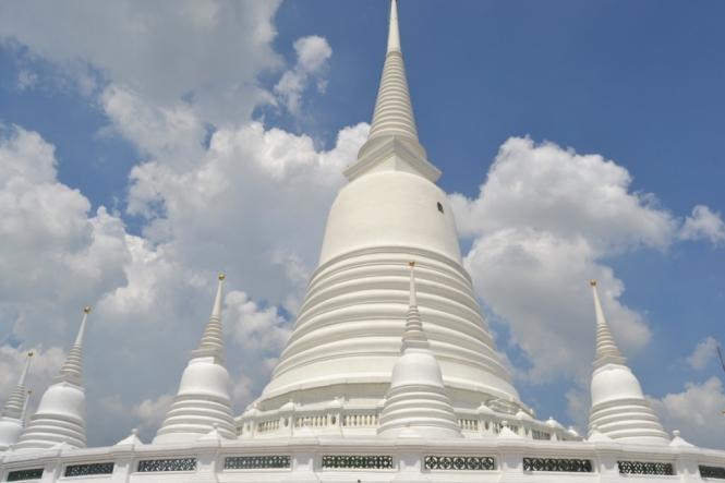 2019-10-tailandia-bangkok-prayoon-02-estupa