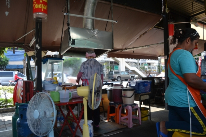 2019-10-tailandia-bangkok-thonburi-restaurante
