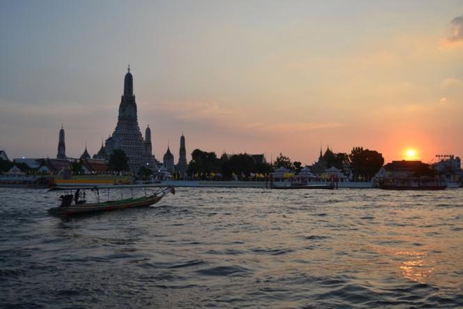 2019-10-tailandia-bangkok-wat-arun-18-ESS