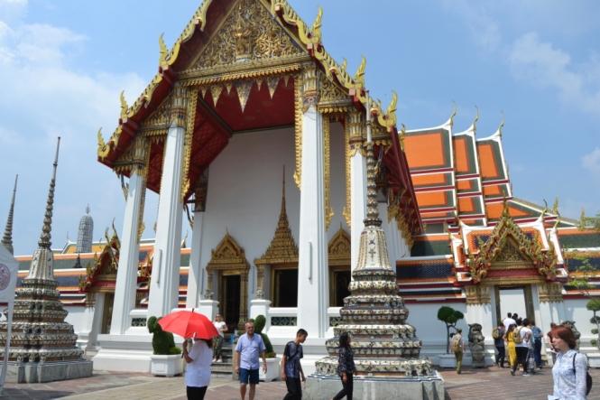2019-10-tailandia-bangkok-wat-pho-dia-09-exterior-bot