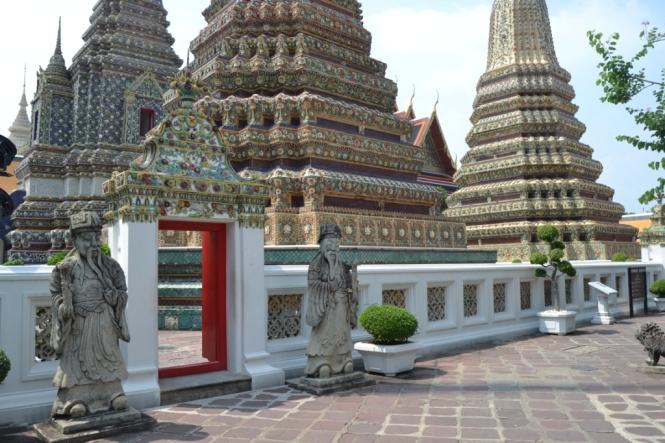 2019-10-tailandia-bangkok-wat-pho-dia-17-chedis-ramas