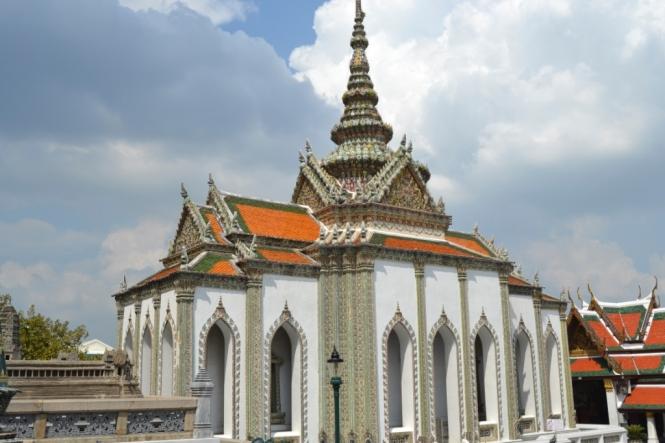 2019-10-tailandia-bangkok-wat-phra-kaew-14-Phra-Viharn-Yod