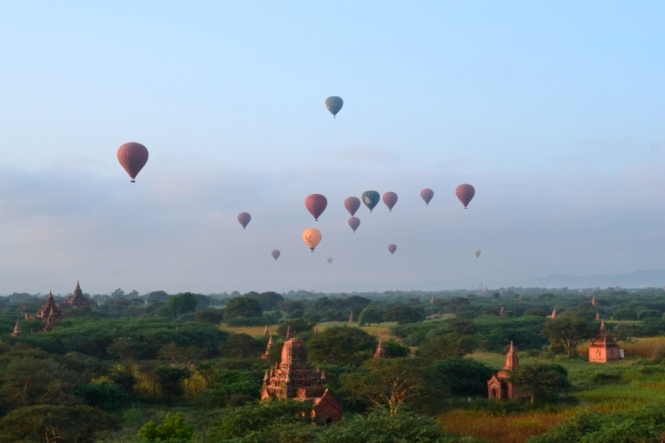 2019-11-myanmar-bagan-amanecer-pagoda-furtiva-dhammayazaka-16 - copia