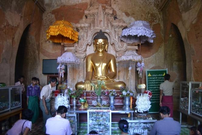 2019-11-myanmar-bagan-htilominlo-paya-4