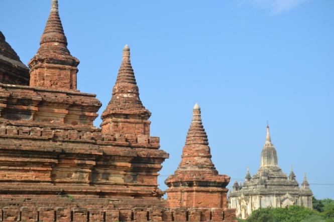 2019-11-myanmar-bagan-mahazedi-pagoda-2