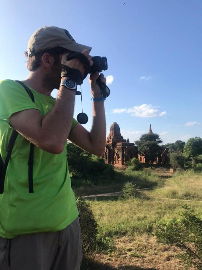 2019-11-myanmar-bagan-ruinas-black-elephant-03
