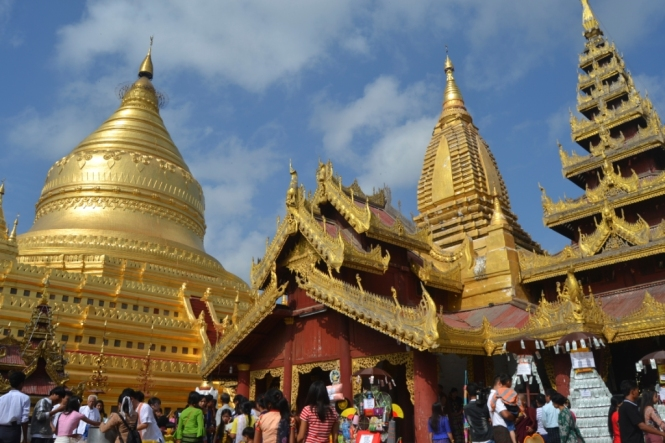 2019-11-myanmar-bagan-shwezigon-pagoda-06