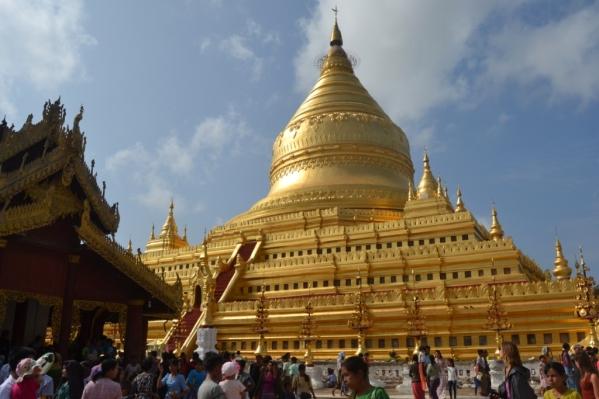 2019-11-myanmar-bagan-shwezigon-pagoda-07