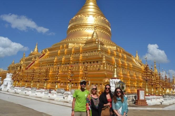 2019-11-myanmar-bagan-shwezigon-pagoda-12