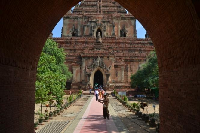 2019-11-myanmar-bagan-sulamani-paya-1